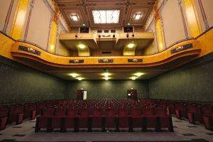cinéma, cinema, cinemas, cinémas, Louxor, cinéma vintage, salle mythique, année 20, cinéma avec terrasse, cinémas insolites