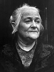 journée internationale du droit des femmes, Clara Zetkin, journée de la femme, 8 mars, journée du 8 mars, figure du féminisme
